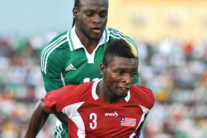Teah Dennish Hold Victor Moses